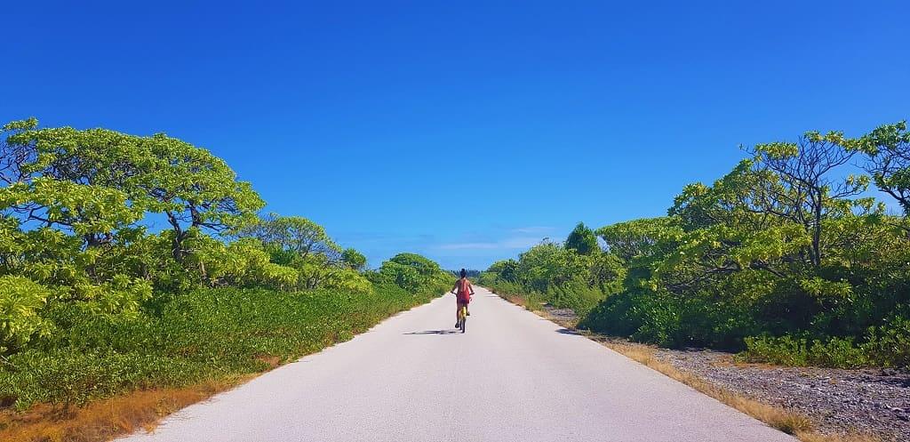 alquilar bici fakarava
